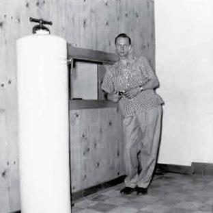 1953-John-Grayson